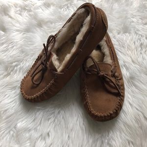 Uggs moccasins size 3 pre owned good condition